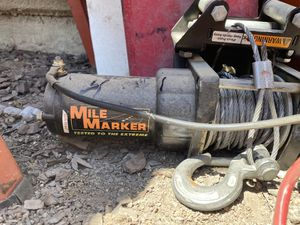 Mile Marker winch 2500lb capacity for Sale in Alta Loma, CA