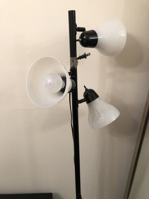 Black Floor Lamp for Sale in Coral Gables, FL