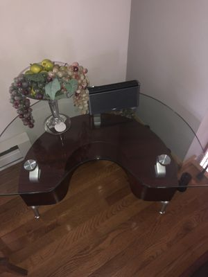 Small coffee table. for Sale in East Stroudsburg, PA