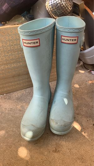 Us zs 3 Hunter Rain Boots $20 for Sale in Austin, TX