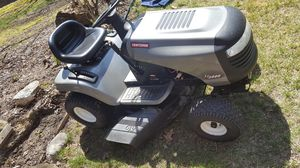 CRAFTSMAN LAWN TRACTOR for Sale in Detroit, MI