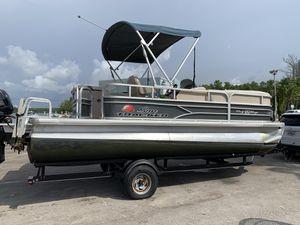 2016 Pontoon boat sale for Sale in Aventura, FL