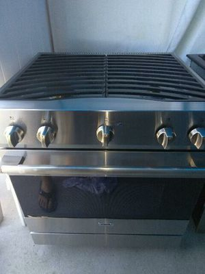Viking stainless steel range oven stove home and kitchen appliances for Sale in Los Alamitos, CA