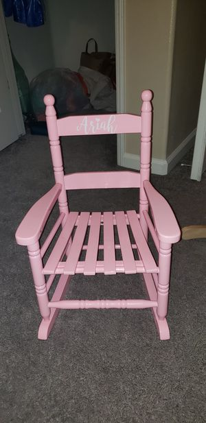 Kids pink rocking chair for Sale in Fresno, CA
