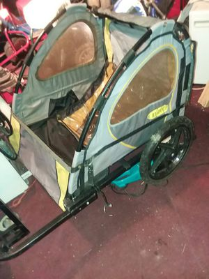 Bicycle cart good condition rides good everything is intact $45 for Sale in Cleveland, OH