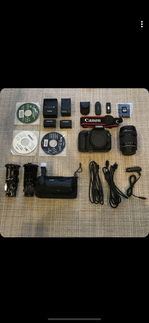 Canon 7d Markii with tripod and accessories( Contact me for more photos) for Sale in Laguna Niguel, CA
