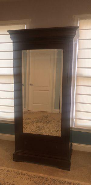 Mirror Wardrobe for Sale in Alexandria, VA