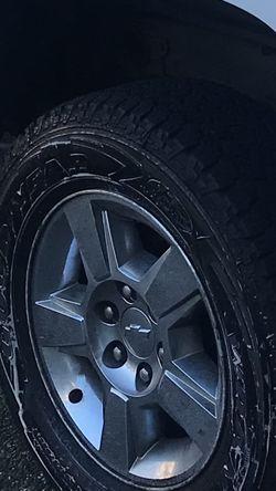 Rims Wheels Chevy Silverado 18x9 for Sale in Marysville,  WA