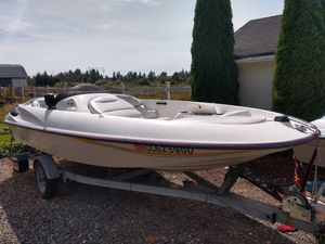 Bayliner jazz and Sea Ray rayder jet boat for Sale in Tacoma, WA