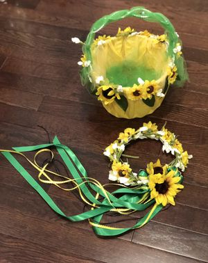 Handmade flower girl sunflower headpiece & basket. for Sale in Manassas, VA