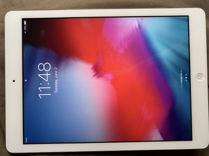 iPad Air 16GB (Refurbished) for Sale in Las Vegas, NV
