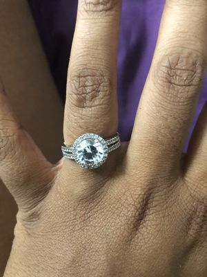 Engagement/Wedding ring for Sale in Capitol Heights, MD