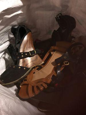 Shoes size 6 for Sale in San Bernardino, CA