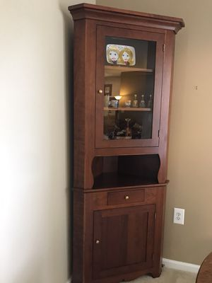 Corner cabinet for Sale in Gaithersburg, MD