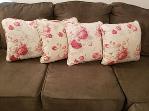 Set of 4 - Cabbage Rose Pillows- 16 x 16 - Like New for Sale in Gilbert, AZ