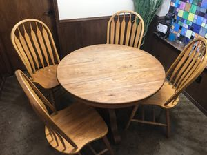 Vintage Solid Oak Kitchen Table for Sale in Garland, TX