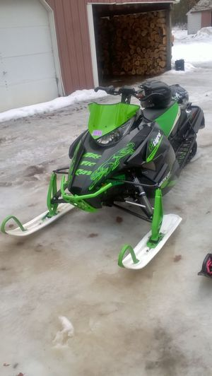 Arctic cat zr8000 for Sale in Lake City, MI