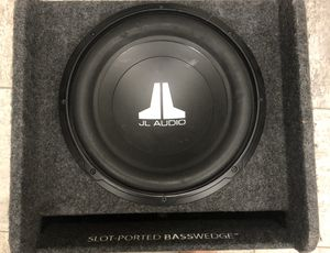 """12"""" Subwoofer JL Audio Slot Ported Basswedge for Sale in Carol Stream, IL"""