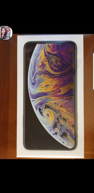 Apple I Phone XS MAX 64GB Silver Factory Unlocked Brand New Sealed ! for Sale in Hayward, CA