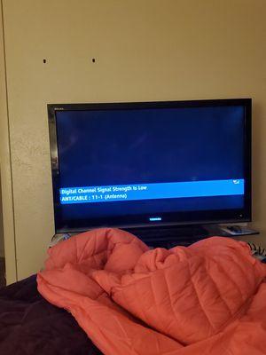 46 inch tv for Sale in Dallas, TX