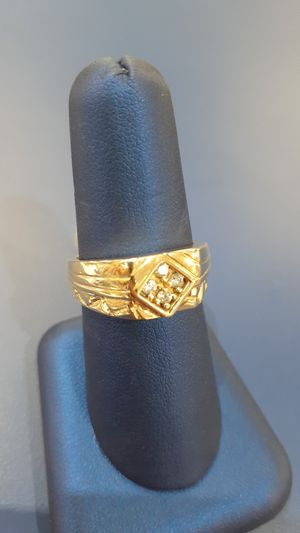 Stone ring 14k yell ,7.9gr,size 8.5 for Sale in Tampa, FL