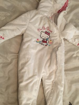 Girls Hello Kitty Warm Bodysuit for winter for Sale in Tulare, CA