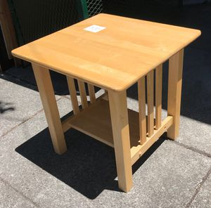 """99141 Blond Birch End Table 21"""" Squared x 21"""" Tall for Sale in Piedmont, CA"""