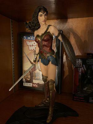 Wonder Woman Statue DC Collectibles for Sale in Lacey, WA
