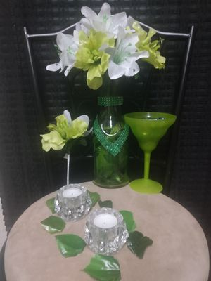 $45 Lime Green/white flowers with green leafs in vase: (2)boutonnieres, Green candy dish cup, (2) white candles +(2) crystal holders+ gift bag. for Sale in Cleveland, OH