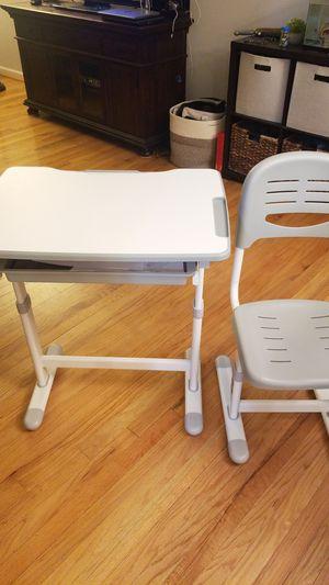 VIVO Height Adjustable Childrens Desk & Chair Kids Interactive Work Station Grey for Sale in Westwood, NJ