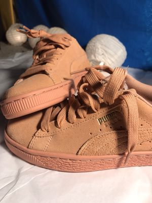 SUEDE PUMA BRAND NEW for Sale in Cave Creek, AZ