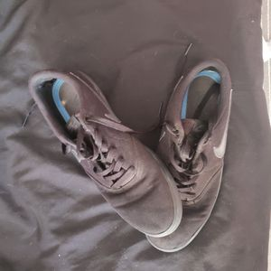 Nike shoes 9.5 for Sale in NW PRT RCHY, FL