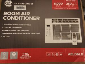 Air conditioners for sale make an offer for Sale in Columbia, MO