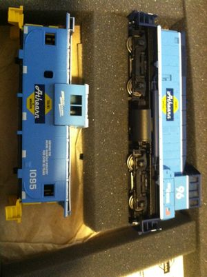 Train Set Engine and Caboose Florida East Coast for Sale in Jacksonville, FL