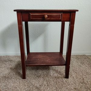End Table for Sale in Oregon City, OR