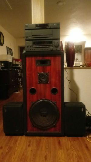 Home stereo system very loud for Sale in McKees Rocks, PA