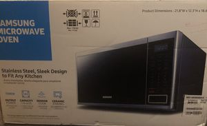 Samsung microwave (stainless steel) for Sale in Levittown, PA