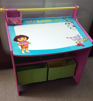 Kids Desk 24w x 17d x 24t for Sale in Farmington Hills, MI