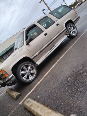 """""""ONE OWNER"""" 1993 Chevy Suburban for Sale in Puyallup, WA"""