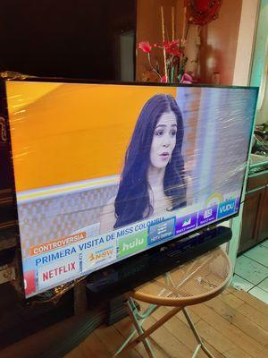 Tv vizio smar 1080p chingona vien cuidada 55 inch ladoi con una varra tcl bluetooth chingona la tv nose oye el sonido for Sale in Los Angeles, CA