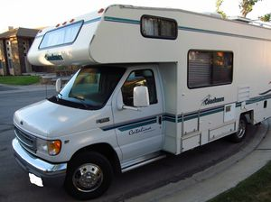 This is a well kept like new travel trailer for Sale in Detroit, MI