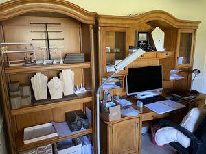 Display Office Desk & Shelf Set for Sale in Coral Springs, FL
