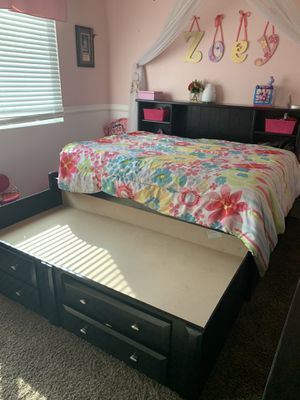 Black full size bed frame w/ twin trundle for Sale in Chino, CA