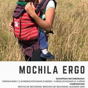 Ergo for girl - carrier for baby, Mochila Evolutiva -Ergo para niña - carrier para bebé for Sale in Lutz, FL