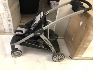 Chicco Bravo for 2 double stroller for Sale in Arlington, TX