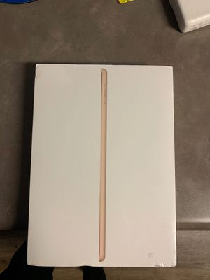 iPad 5th generation 32gb WiFi only brand new for Sale in Hampton, VA
