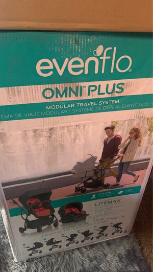 EVENFLO CARSEAT AND STROLLER /SWING SET for Sale in Detroit, MI
