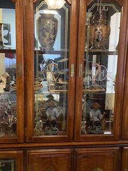 China cabinet for Sale in Monroe Township,  NJ