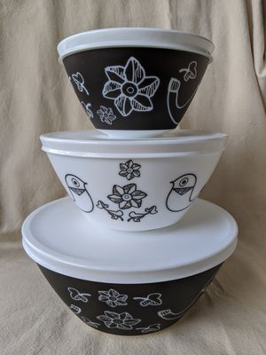 Vintage Charm Birds of a Feather 3 Mixing Bowl Set Inspired by Pyrex for Sale in Alpharetta, GA