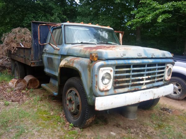 74 14 FOOT BED FORD F600 DUMP TRUCK
